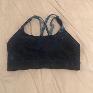 Women's lululemon sports bra